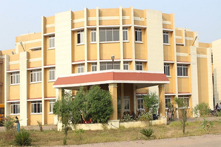 https://cache.careers360.mobi/media/colleges/social-media/media-gallery/1152/2019/7/2/Campus view of Kushabhau Thakare Patrakarita Avam Jansanchar Vishwavidyalaya Raipur_Campus-view.jpg